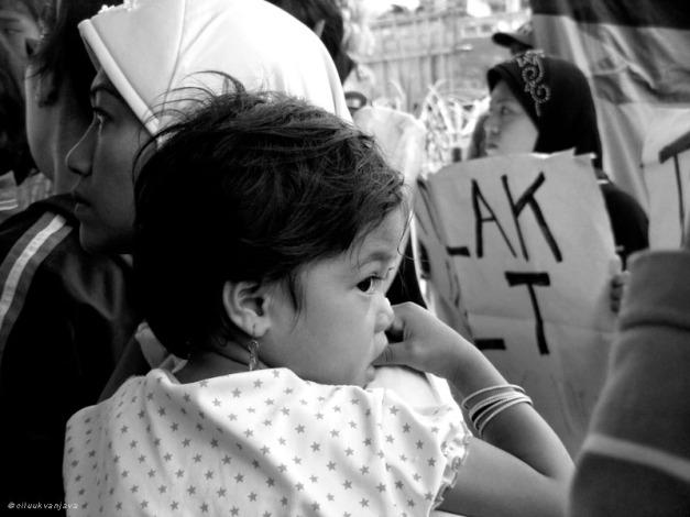"the \""anak\"" around public demonstration"